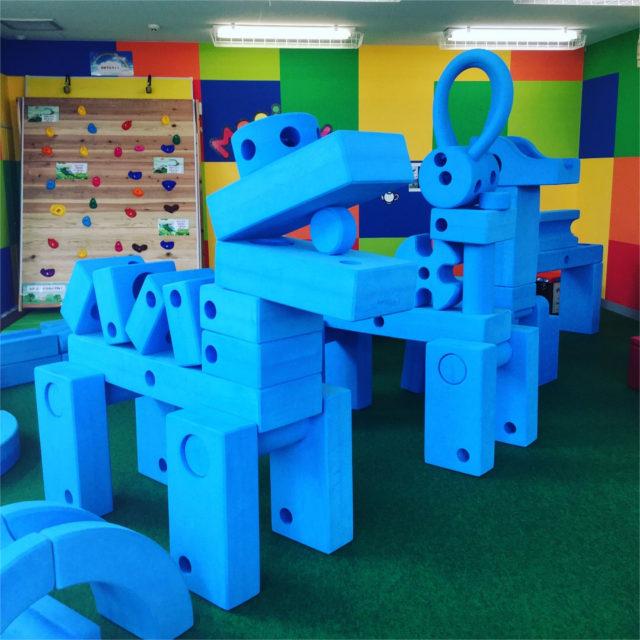 調布で室内アスレチックとしても遊べる巨大ブロックで想像の世界を楽しもう!